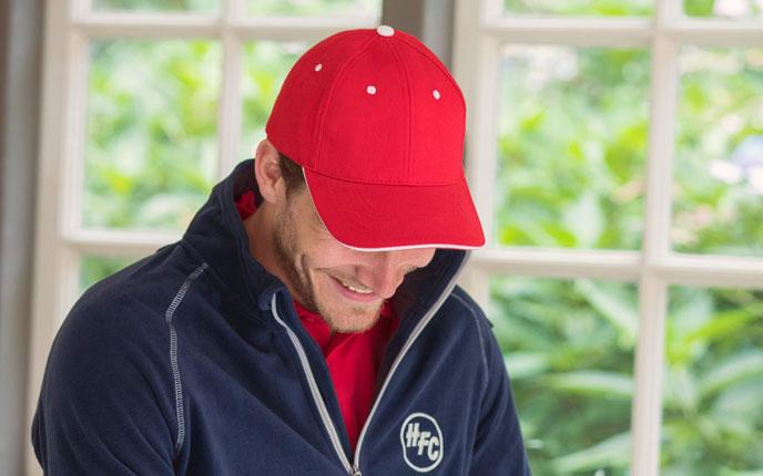 Stylische Caps von Slazenger bei allbranded